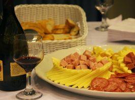 Novos produtos,especialistas e todo o requinte do mercado do vinho de forma acessível, em dois dias na maior Feira de Vinhos da Região Norte.