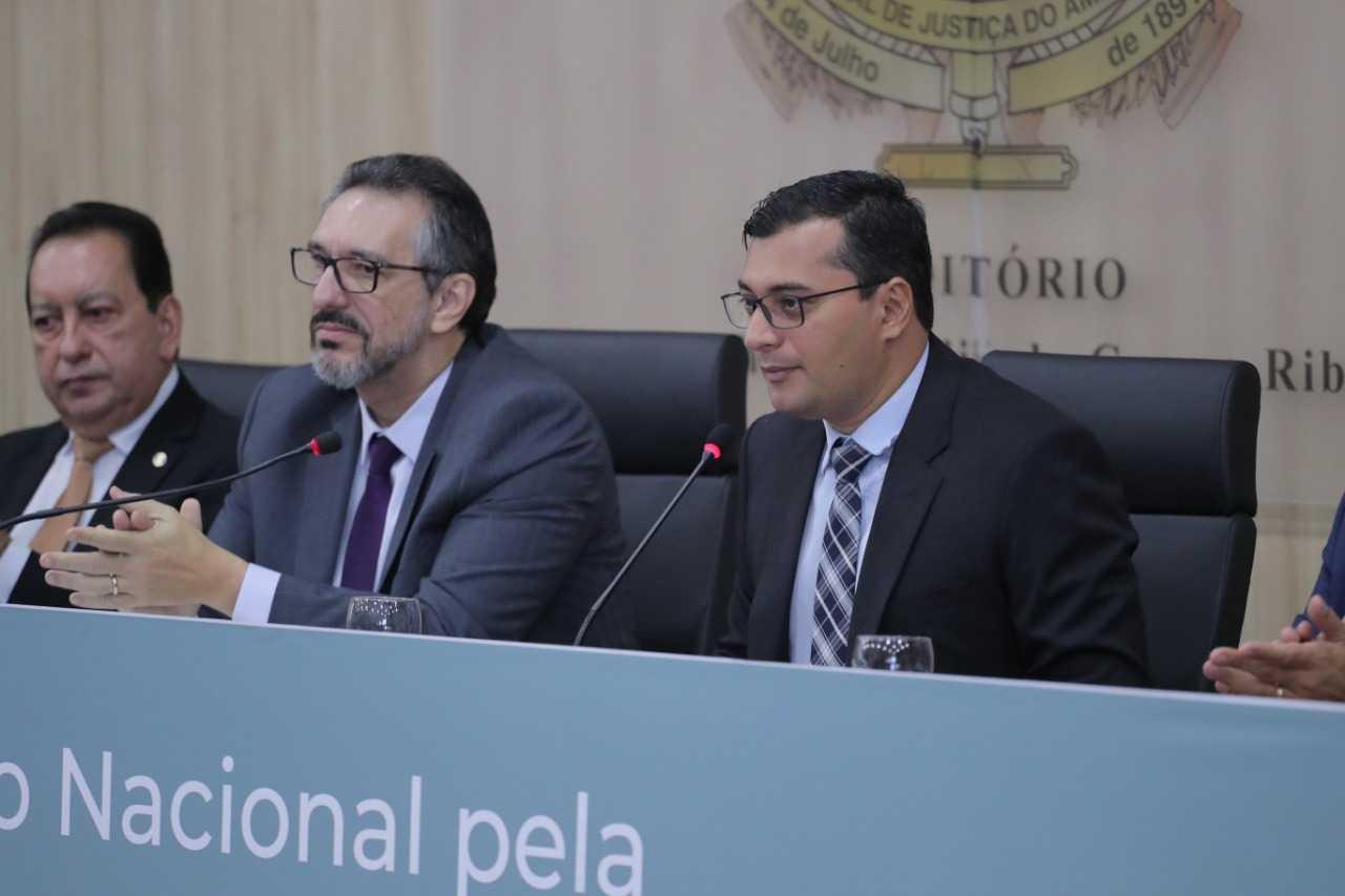 Wilson Lima assina Pacto Nacional pela Primeira Infância na Região Norte / Foto : Diego Peres