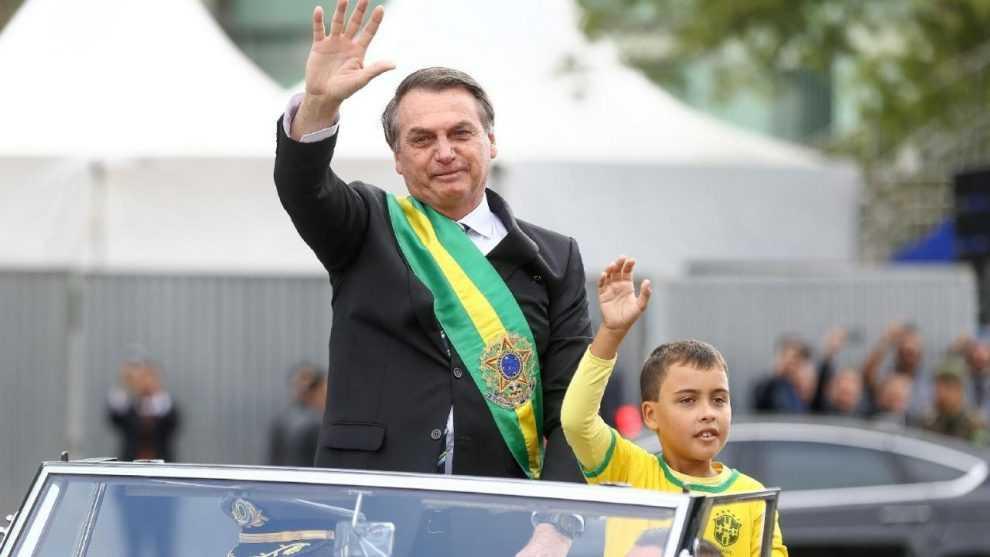 Ivo Cezar Gonzaga, de 9 anos, percorreu a Esplanada dos Ministérios no Rolls-Royce presidencial