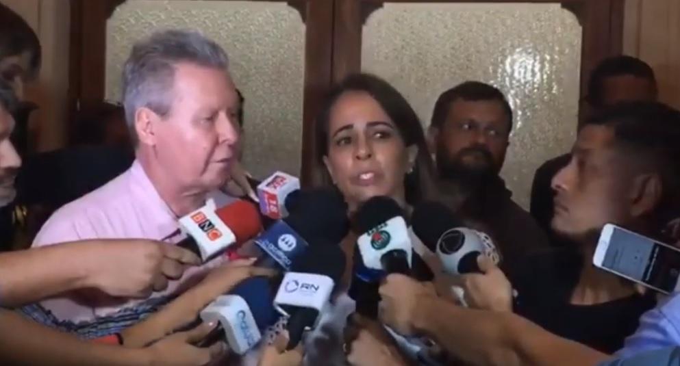 """""""Alejandro é tão vítima quanto o Flávio"""" diz primeira-dama"""