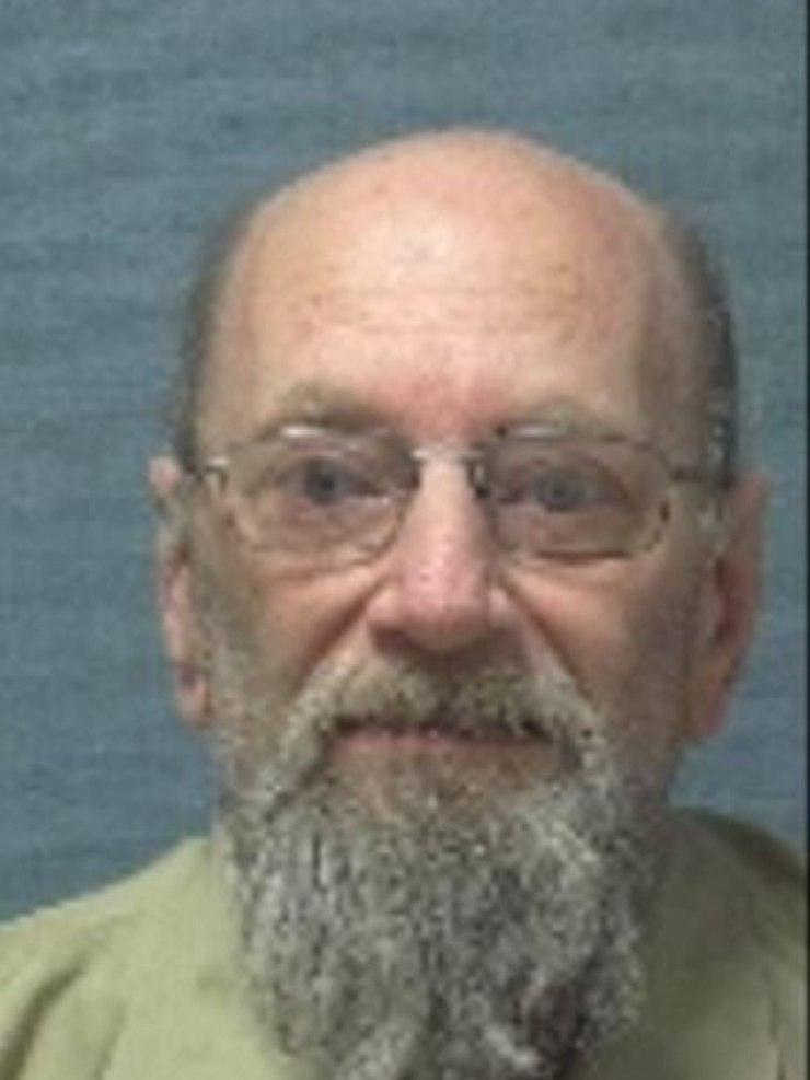 Marion Stang, 64 anos, é acusado de estuprar crianças menores de 10 anos The Sun/Reprodução