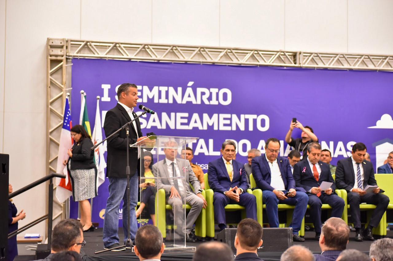 Josué Neto agradece compromisso da Funasa de melhorar taxas de saneamento do AM / Foto: Joel Arthurs