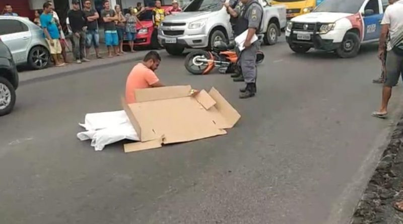 Mulher morre após cair de moto e ser atropelada na Grande Circular