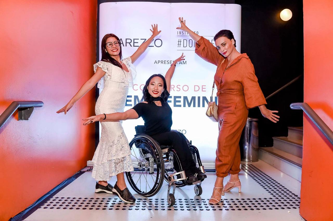 Roteirista Ana Célia Costa, atriz Julie Nakayama e diretora Suzana  Pires