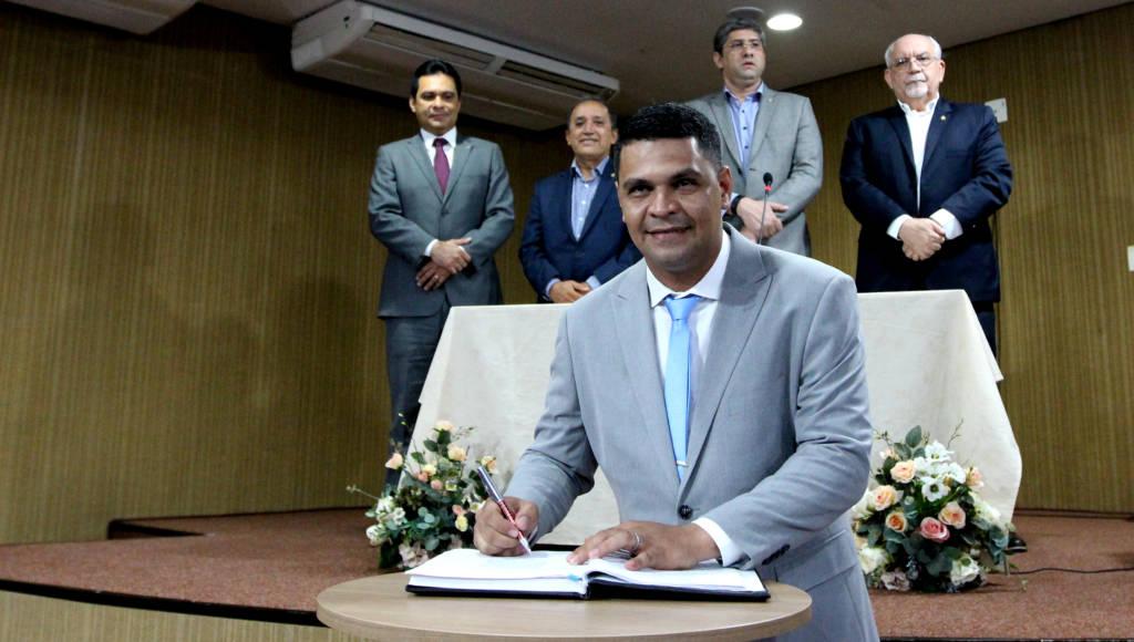 Marisson Roger assume a vaga deixada por Ronaldo Tabosa (Foto: Robervaldo Rocha/CMM)