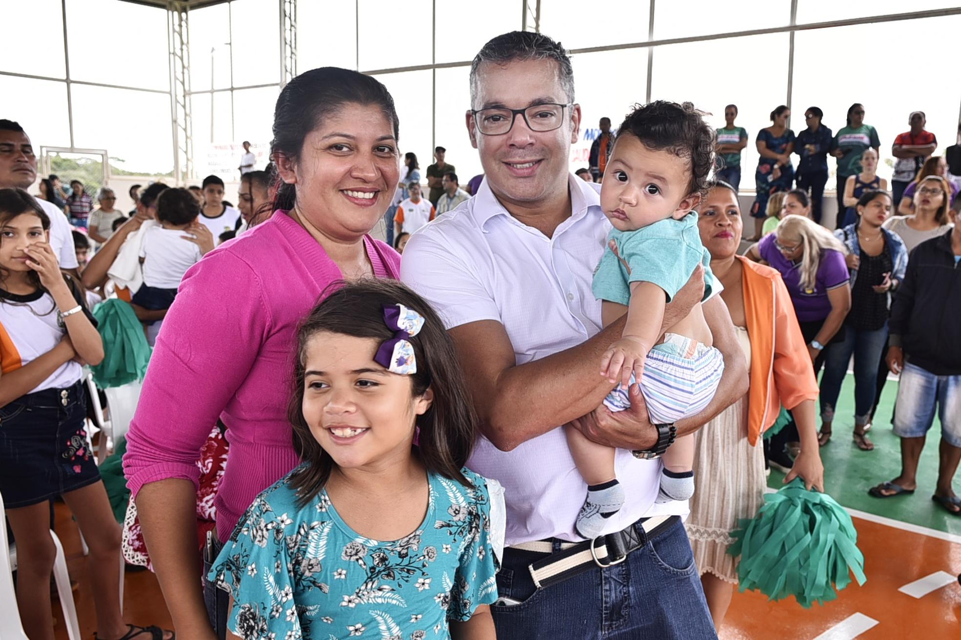 Josué destina R$ 2,6 milhões para as áreas da saúde e educação no Amazonas / Foto : Joel Arthus