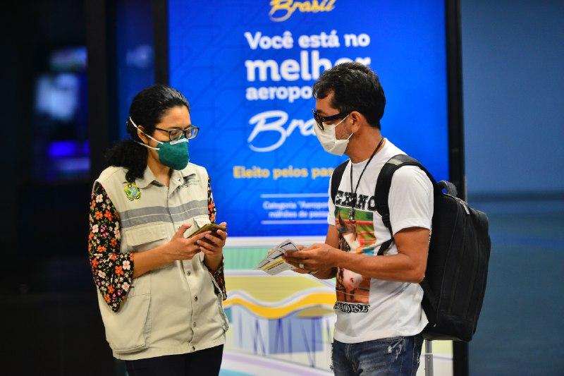 FVS-AM passa a monitorar remotamente quem desembarca em Manaus pelo aeroporto / Foto: Michel Mello/Secom