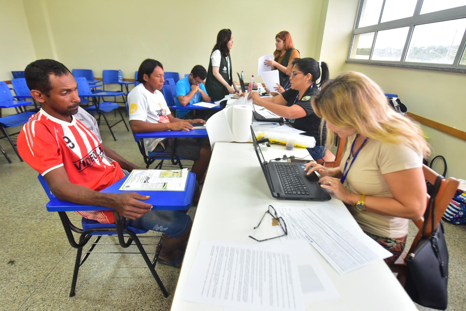 Governo do Estado identificou 457 imóveis e já formalizou 70 acordos de moradia, no Monte Horebe / Tácio Melo e Bruno Zanardo / SECOM