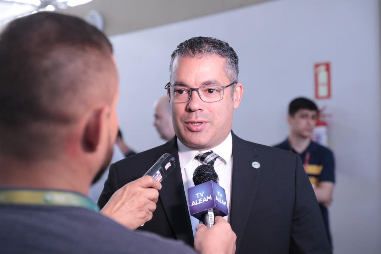 Josué vota a favor do decreto de reconhecimento à situação de Calamidade Pública de Manaus