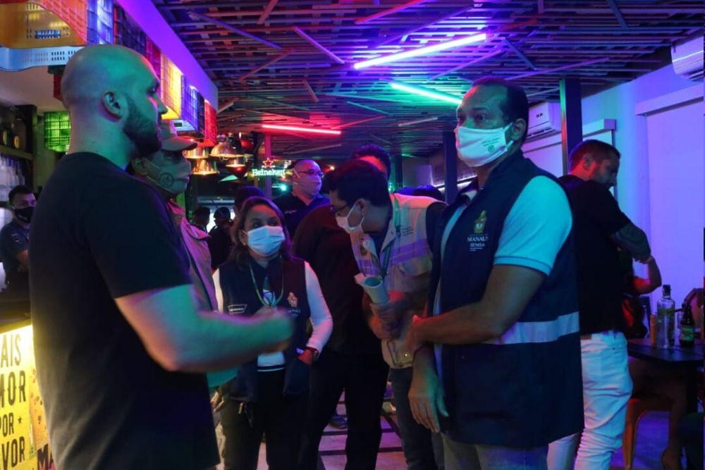 Remulo's e mais oito bares foram fechados durante fiscalização em Manaus. Foto: Carlos Soares/SSP-AM
