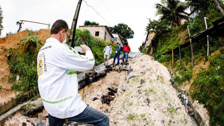 Prefeitura determina que Águas de Manaus faça revisão de Tarifa Social e adeque cronograma de manutenção com a Seminf / Fotos – Márcio Melo / Seminf