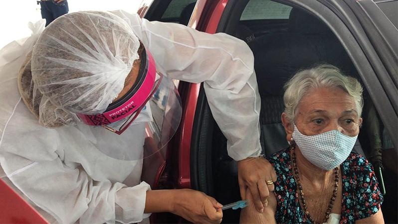Vacinação para idosos a partir de 60 anos tem início em Manaus — Foto: Divulgação