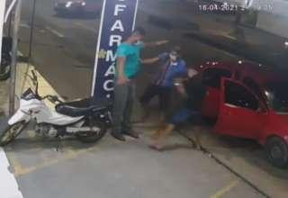 Carro roubado está sendo usado para fazer pequenos assaltos em Manaus!